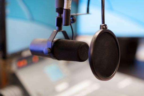How to Choose the Right Voice-Over Talent